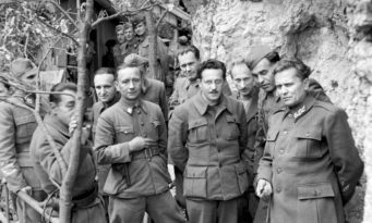 Marshal_Tito_during_the_Second_World_War_in_Yugoslavia_May_1944