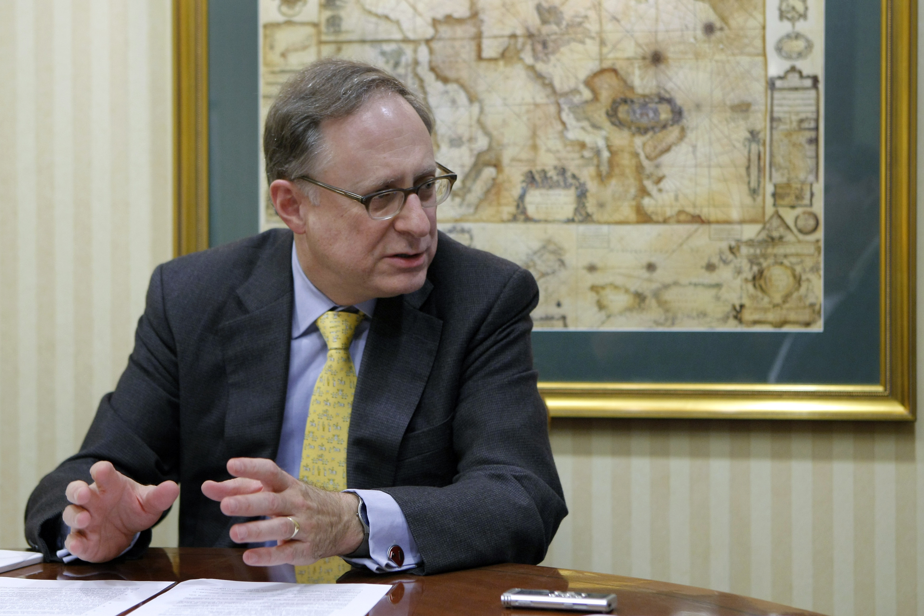 Vershbow: NATO needs Strategy to Address Threats from the South and the East