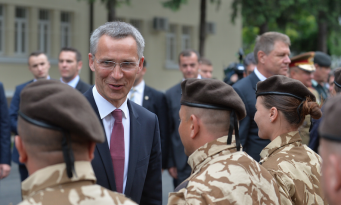 Stoltenberg: NATO is here and ready to defend Romania against any threat